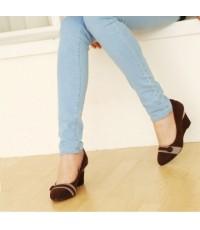 รองเท้าแฟชั่นเกาหลี รองเท้าคัชชู ผ้ากำมะหยี่ สีน้ำตาล ไซส์ 38 (ความยาวเท้า 24 cm)