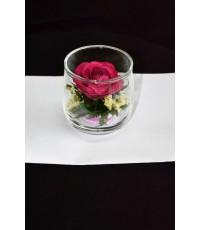 ดอกกุหลาบสีชมพูเข้มในทรงแก้วกินน้ำ(Rose)