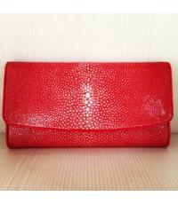กระเป๋าเงินหนังกระเบนแท้ขัดมุกสีแดงสด3พับหายากมาก