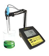 เครื่องวัดค่า pH/ORP แบบตั้งโต๊ะ pH/ORP Bench Meter รุ่น Mi151 Milwaukee