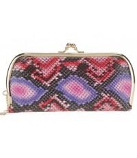 กระเป๋าสตางค์ Python Embossed  จากแบรนด์ Bagazilla โดดเด่นด้วยสีสันสดใสพร้อมการอัดลายหนังงู