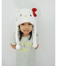 หมวกเด็ก : หมวกขนนิ่มรูป Hello kitty สีขาว ติดโบว์ ขนาดรอบศรีษะ 60 ซม
