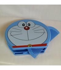 กระจกพักพา พร้อมหวี ลาย โดเรม่อน Doraemon ขนาด 3.5x3 นิ้ว