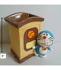 ที่เสียบปากกา อุปกรณ์เครื่องเขียน ลาย โดเรม่อน (Doraemon) ขนาดสูง 5นิ้ว