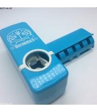 ที่บีบยาสีฟัน พร้อม ที่แขวนแปรง ลาย โดเรม่อน Doraemon