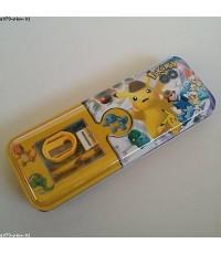 set เครื่องเขียน พร้อมกล่องดินสอเหล็ก ลาย ปีกาจู โปเกม่อน Pokemon ประกอบด้วย 1.กล่องดินสอเหล็กขนาด 8