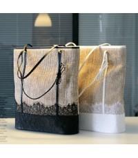 กระเป๋าสานแฟชั่นจากเกาหลี กระเป๋าหิ้วแต่งระบายก้นกระเป๋าสายpuบุผ้าข้างในมีซีป สีดำ