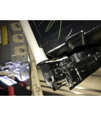 โช้คเก๊ะลิ้นชักเก็บของด้านหน้า สำหรับ Lexus  LS460, LS460L, LS600HL