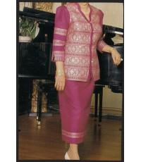 ชุดผ้าไหมสีชุมพูบาน