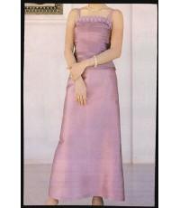 ชุดผ้าไหมสีชมพู