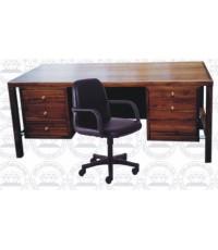 โต๊ะทำงานข้าราชการบริหารสูงสุด