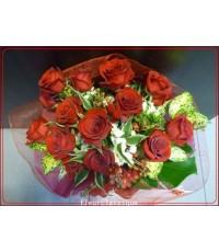 ช่อดอกกุหลาบสีแดง 15 ดอก (rose bouquet)