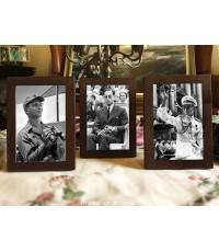 กรอบรูปสำเร็จสำหรับรูปขนาด 4 x 6 นิ้ว แพค 3 กรอบ ไม้แท้ สีโอค
