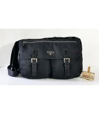 PRADA Z.42 Nylon Crossbody Bag ของแท้มือสอง สีดำสนิท 2 ซิปหน้า
