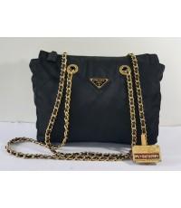PRADA z.48 Nylon Shoulder Bag ของแท้มือสอง สีดำสายโซ่ทอง
