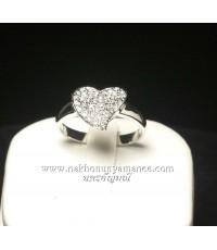 แหวนเงิน 95.00 ชุบทองคำขาว รูปหัวใจประดับเพชรสวิส