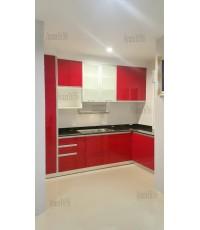 ชุดครัว Built-in ตู้ล่าง + ตู้สูง โครงซีเมนต์บอร์ด หน้าบานHi Gloss สีแดง