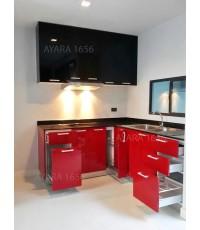 ชุดครัว Built-in ตู้ล่าง โครงซีเมนต์บอร์ด หน้าบาน Hi Gloss สีแดง + ดำ - บ้านกลางเมือง