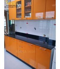 ชุดครัว Built-in โครงซีเมนต์บอร์ด หน้าบาน Hi Gloss สีส้ม