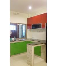 ชุดครัว Built-in ตู้ล่าง โครงซีเมนต์บอร์ด หน้าบาน PVC สีเขียว+แดง