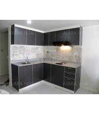 ชุดครัว Built-in ตู้ล่าง โครงซีเมนต์บอร์ด หน้าบาน Laminate