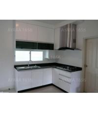 ชุดครัว Built-in ตู้ล่าง โครงซีเมนต์บอร์ด หน้าบาน PVC สีขาว