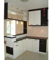 ชุดครัว Built-in คาน์เตอร์บาร์ โครงซีเมนต์บอร์ด หน้าบาน Laminate สีขาว