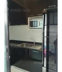 ชุดครัว Built-in ตู้ล่าง + ตู้ครอบตู้เย็น โครงซีเมนต์บอร์ด หน้าบาน Laminate สีดำ