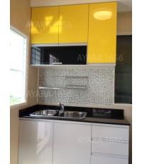 ชุดครัว Built-in ตู้ล่าง โครงซีเมนต์บอร์ด หน้าบาน Laminate สีเทา + เหลือง - ม.inizio