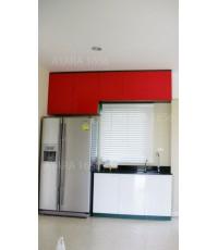 ชุดครัว Built-in โครงซีเมนต์บอร์ด หน้าบาน PVC สีขาว+แดง