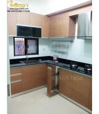 ชุดครัว Built-in ตู้ล่าง โครงซีเมนต์บอร์ด หน้าบาน PVC สี Latte Recompose ลายไม้