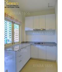 ชุดครัว Built-in ตู้ล่าง โครงซีเมนต์บอร์ด หน้าบาน PVC สีขาวด้าน เซาะร่อง Valencia