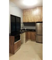 ชุดครัว Built-in ตู้ล่าง โครงซีเมนต์บอร์ด หน้าบาน Melamine สี Dolec Pine ลายไม้ - ม.The Connect