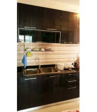 ชุดครัว Built-in ตู้ล่าง โครงซีเมนต์บอร์ด หน้าบาน Acrylic สีดำ ลายไม้