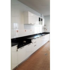 ชุดครัว Built-in ตู้ล่าง โครงซีเมนต์บอร์ด หน้าบาน Hi Gloss สีขาว - ม.ชัยพฤกษ์