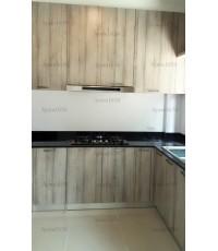 ชุดครัว Built-in ตู้ล่าง โครงซีเมนต์บอร์ด หน้าบาน Melamine สี Bleached Wenge ลายไม้แนวตั้ง