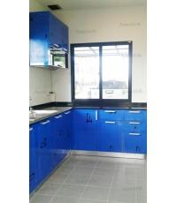 ชุดครัว Built-in ตู้ล่าง โครงซีเมนต์บอร์ด หน้าบาน Laminate สีน้ำเงิน