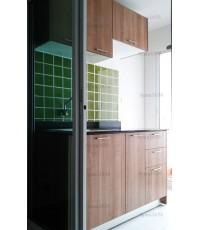 ชุดครัว Built-in ตู้ล่าง โครงซีเมนต์บอร์ด หน้าบาน Melamine ลายไม้สี Cappuccino
