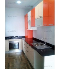 ชุดครัว Built-in ตู้ล่าง โครงซีเมนต์บอร์ด หน้าบาน Laminate ลายไม้ สี Colorado Oak + สีส้มด้าน