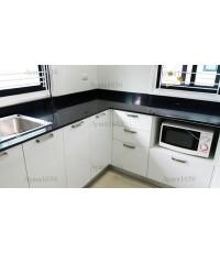 ชุดครัว Built-in ตู้ล่าง โครงซีเมนต์บอร์ด หน้าบาน PVC สีขาวเงา - ม.Pleno
