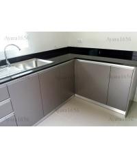 ชุดครัว Built-in ตู้ล่าง โครงซีเมนต์บอร์ด หน้าบาน Laminate สี Citadel - ม.คณาสิริ
