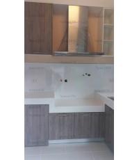 ชุดครัว Built-in ตู้ล่าง โครงซีเมนต์บอร์ด หน้าบาน Laminate สี Delano Oak - ม.มัณฑนา