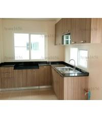 ชุดครัว Built-in ตู้ล่าง โครงซีเมนต์บอร์ด หน้าบาน Laminate สี Mocca Firwood ลายไม้