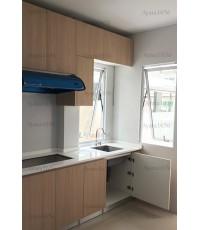 ชุดครัว Built-in ตู้ล่าง โครงซีเมนต์บอร์ด หน้าบาน Laminate สี Blond Afromosia