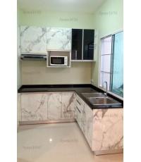 ชุดครัว Built-in ตู้ล่าง โครงซีเมนต์บอร์ด หน้าบาน Laminate สี Calacatta Marble - ม.Pleno