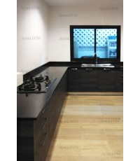 ชุดครัว Built-in ตู้ล่าง โครงซีเมนต์บอร์ด หน้าบาน Laminate สี Ebony Oak-Cross