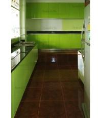 ชุดครัว Built-in ตู้ล่าง โครงซีเมนต์บอร์ด หน้าบาน Hi Gloss + Acrylic สีเขียว