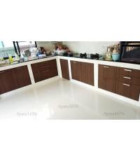 ชุดครัว Built-in ตู้ล่าง + วงกบ โครงซีเมนต์บอร์ด หน้าบาน Laminate สี Noce Orvieto-ม.ภัสสร