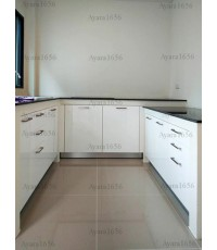 ชุดครัว Built-in ตู้ล่าง โครงซีเมนต์บอร์ด หน้าบาน Hi Gloss สีขาว - ม.Centro