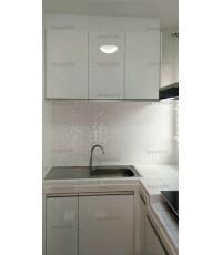 ชุดครัว Built-in ตู้ล่าง โครงซีเมนต์บอร์ด หน้าบาน Hi Gloss สีขาว - ม.Perfect Park
